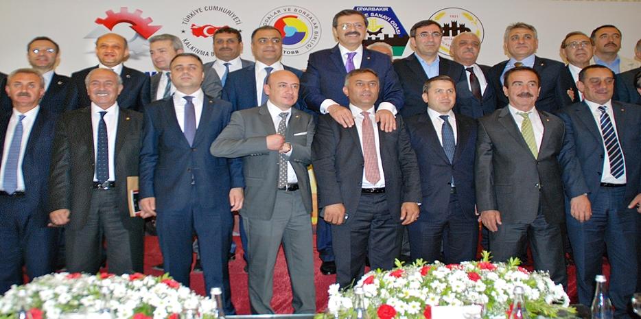 MECLİS BAŞKANI İLETMİŞ DİYARBAKIR'DA TOPLANTIYA KATILDI